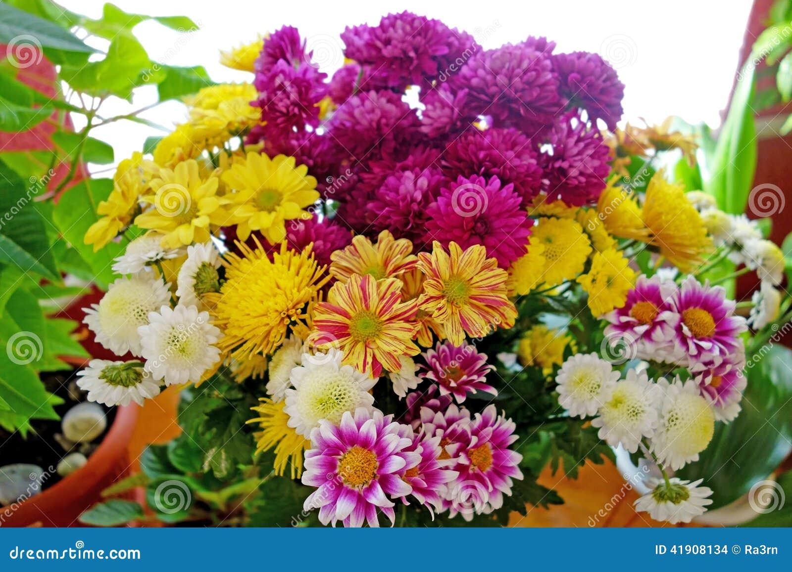 Fabuleux Grand Bouquet De Belles Fleurs Photo stock - Image: 41908134 HW58