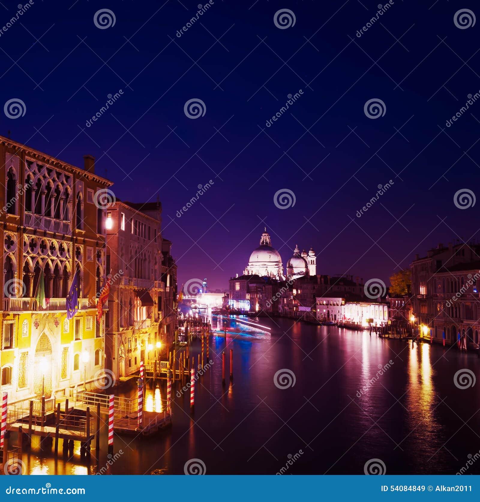 Grand Canal op een duidelijke nacht