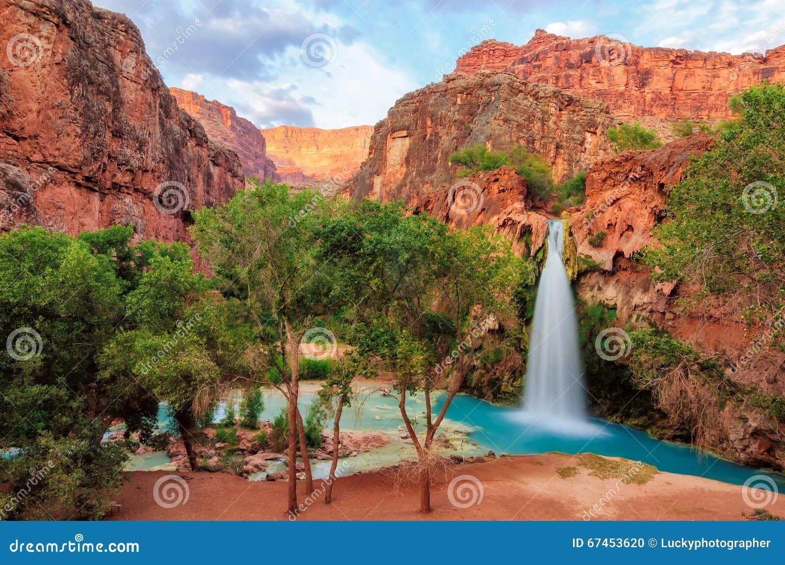 Grand Canyon, amazing havasu falls in Arizona