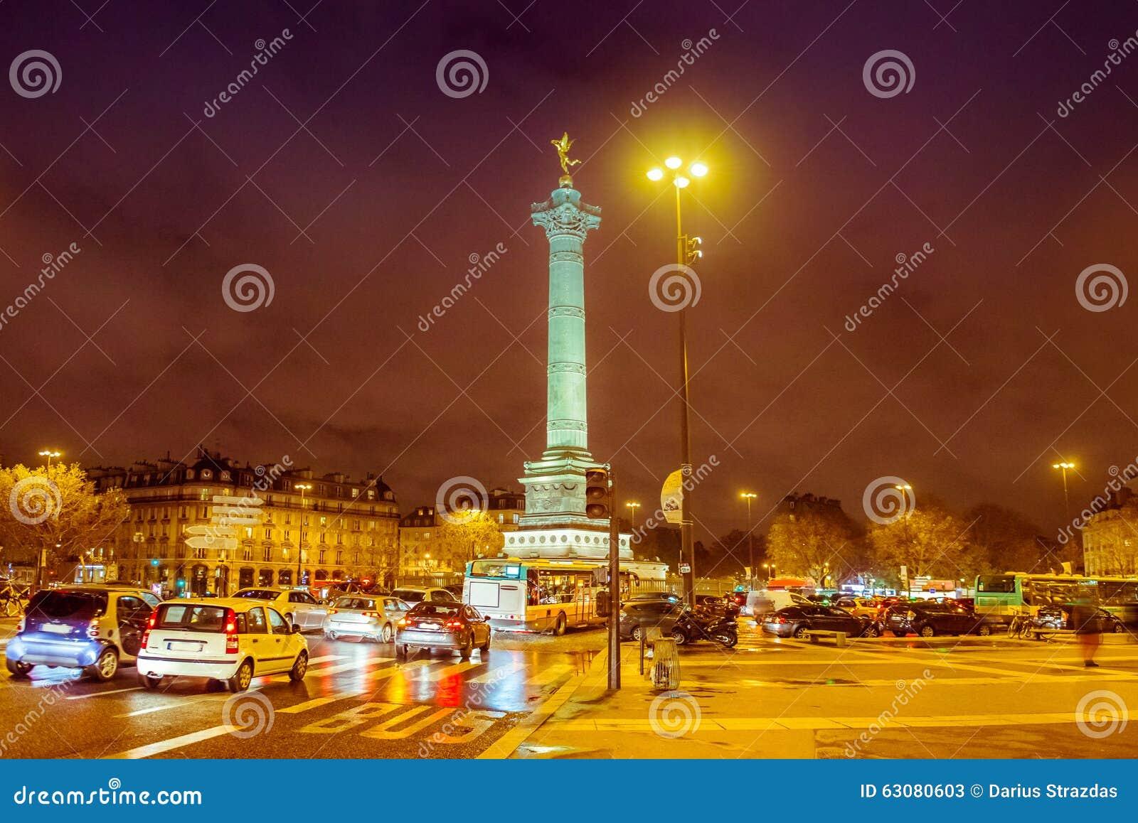 Download Grand Dos De Bastille, Paris Image stock - Image du commémoratif, français: 63080603