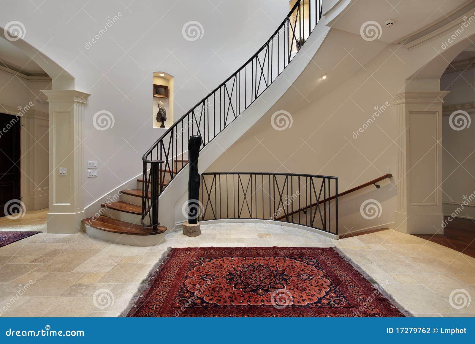 Grand Foyer Du Souss : Grand foyer avec l escalier circulaire photo stock image