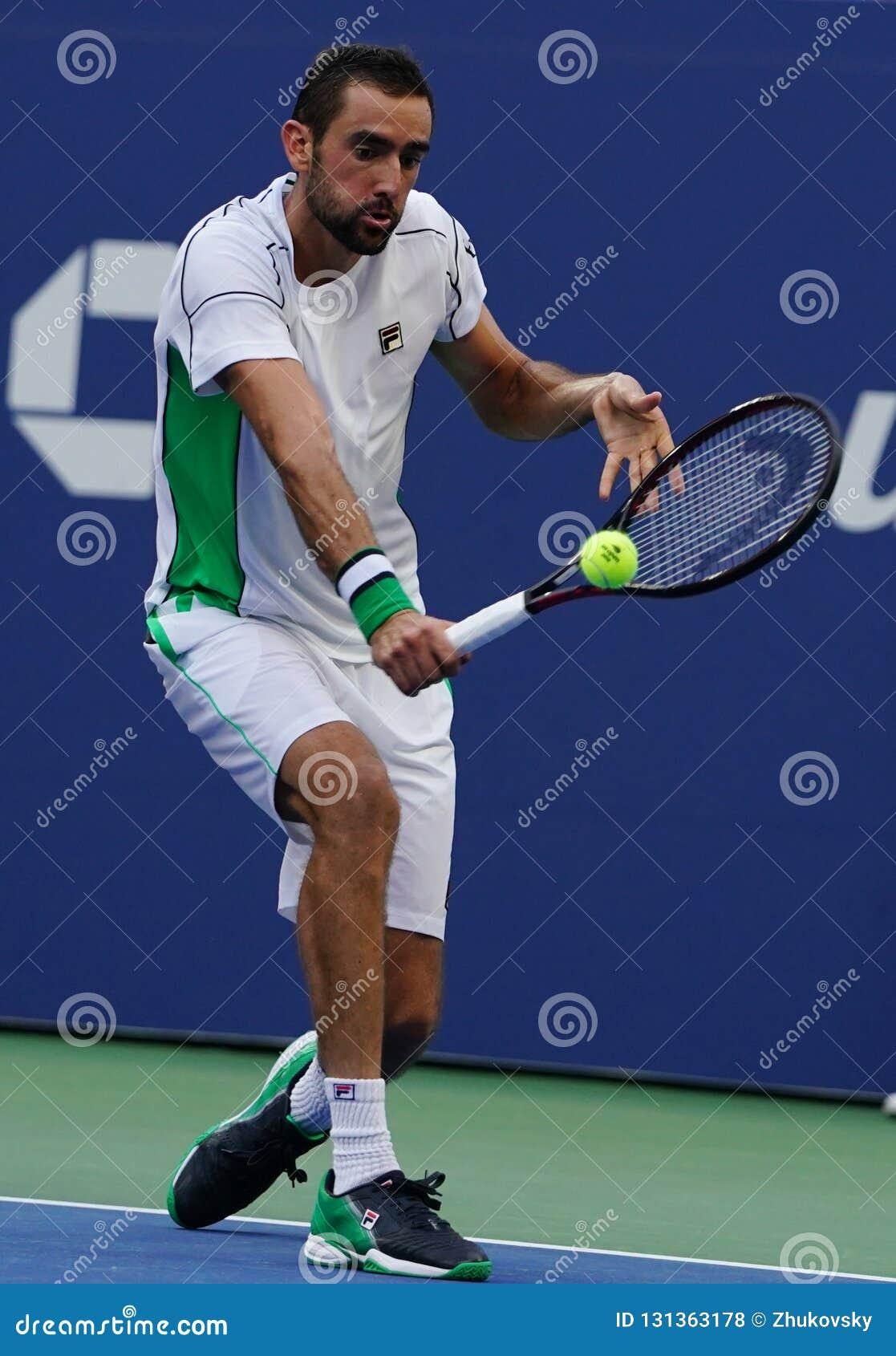 Grand Slam mästare Marin Cilic av Kroatien i handling under hans US Openrunda 2018 av match 16