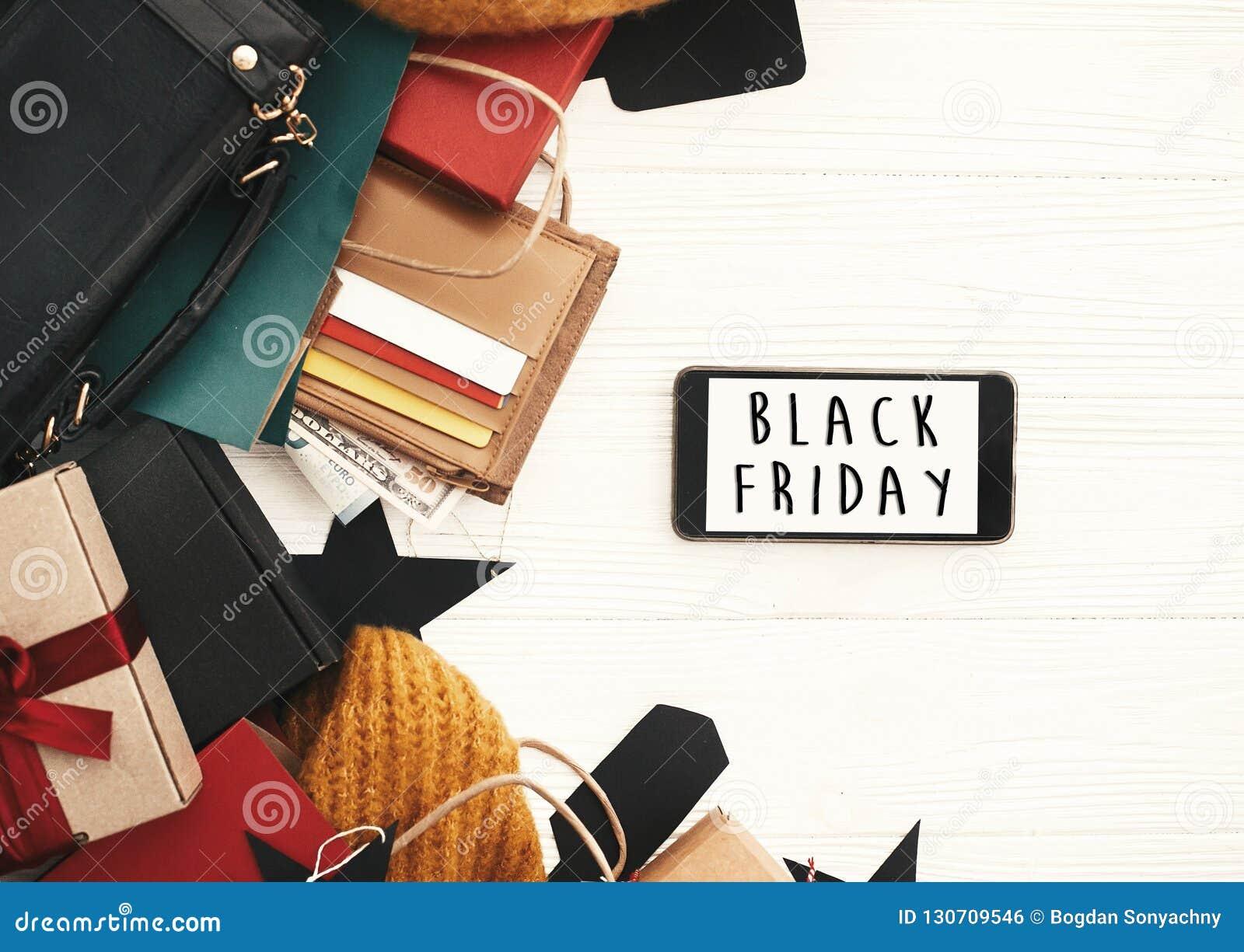 Grand texte de vente de Black Friday sur l écran de téléphone, configuration plate Di spéciaux