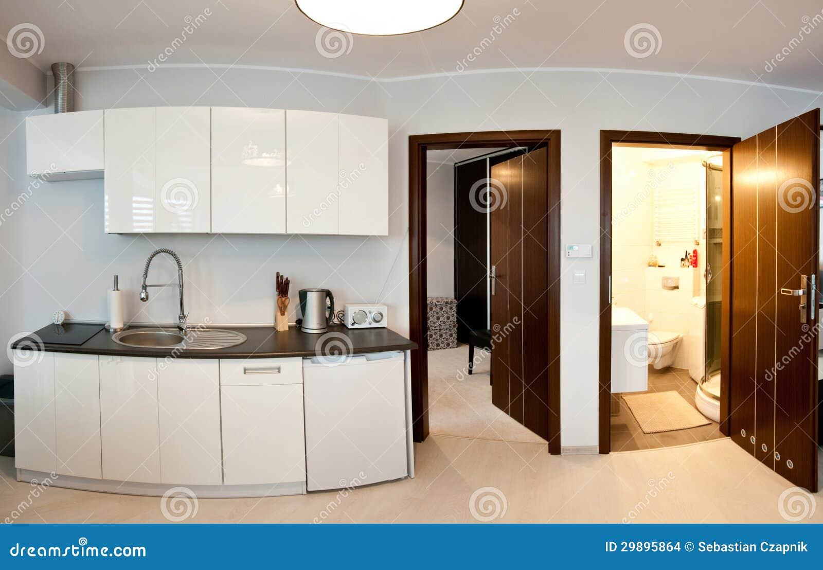 Cozinha e banheiro