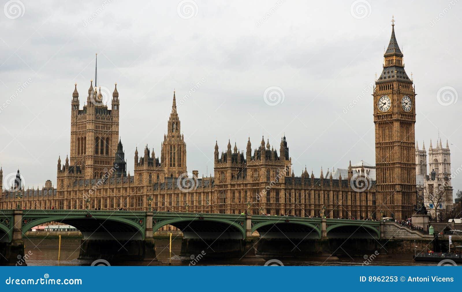 Grande ben e camere del parlamento fotografie stock for Camere parlamento