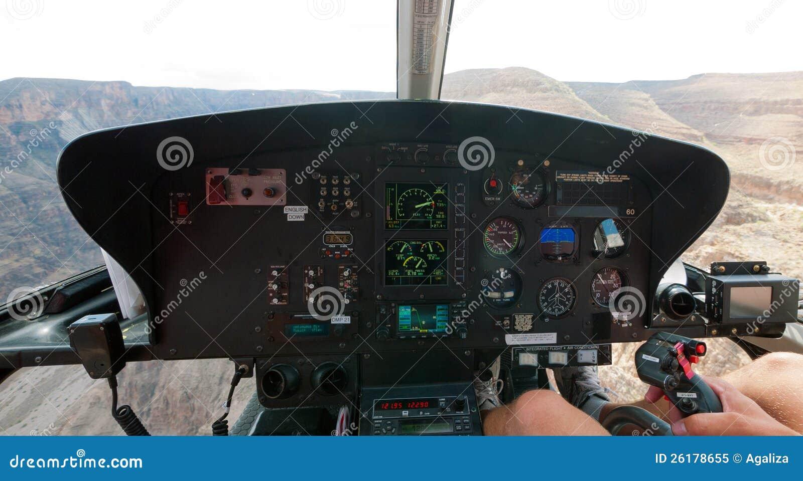 Un Elicottero : Grande canyon dall interno di un elicottero immagine stock