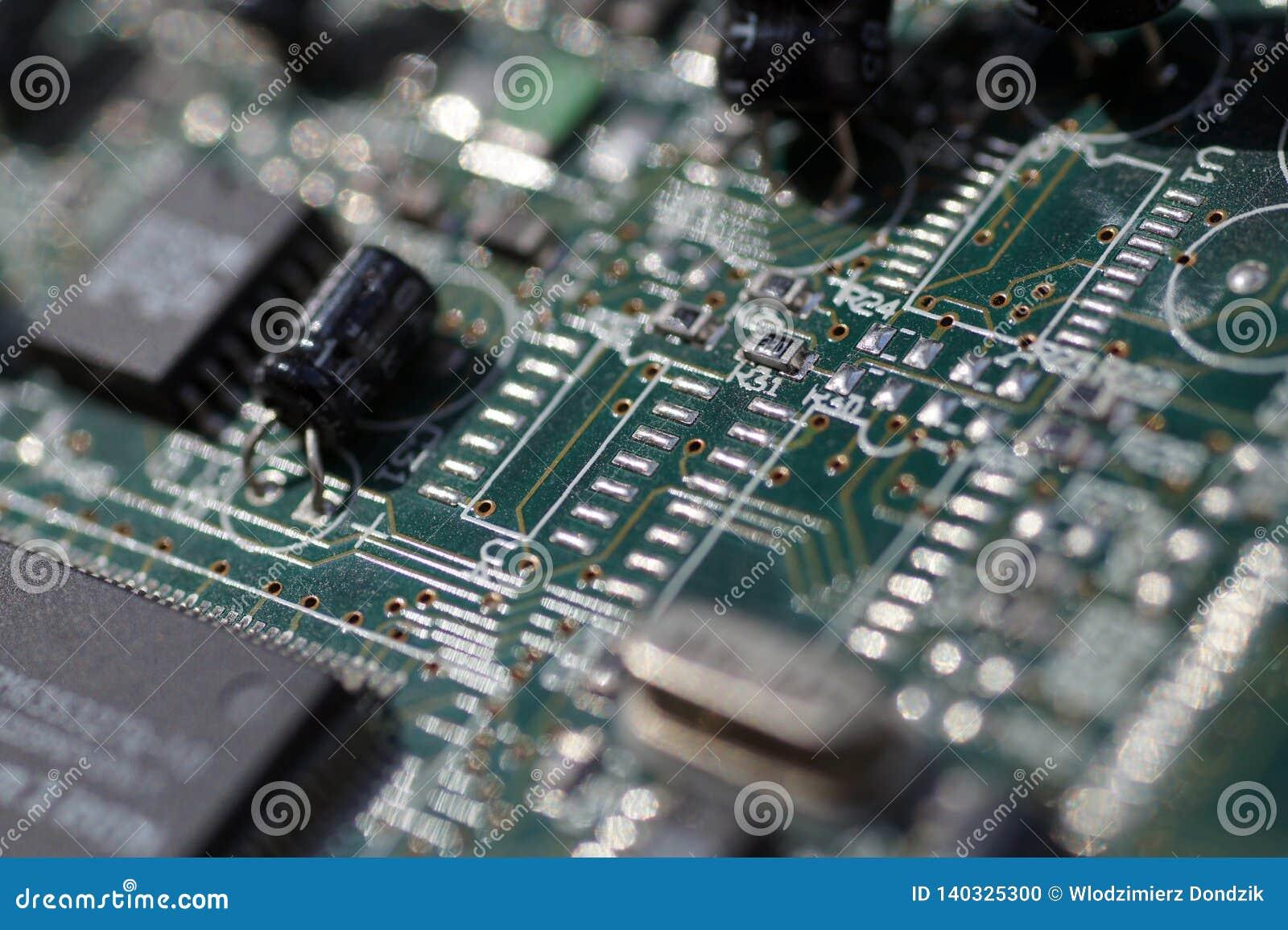 Grande close-up em componentes Close-up de uma parte de cartão de computação gráfica