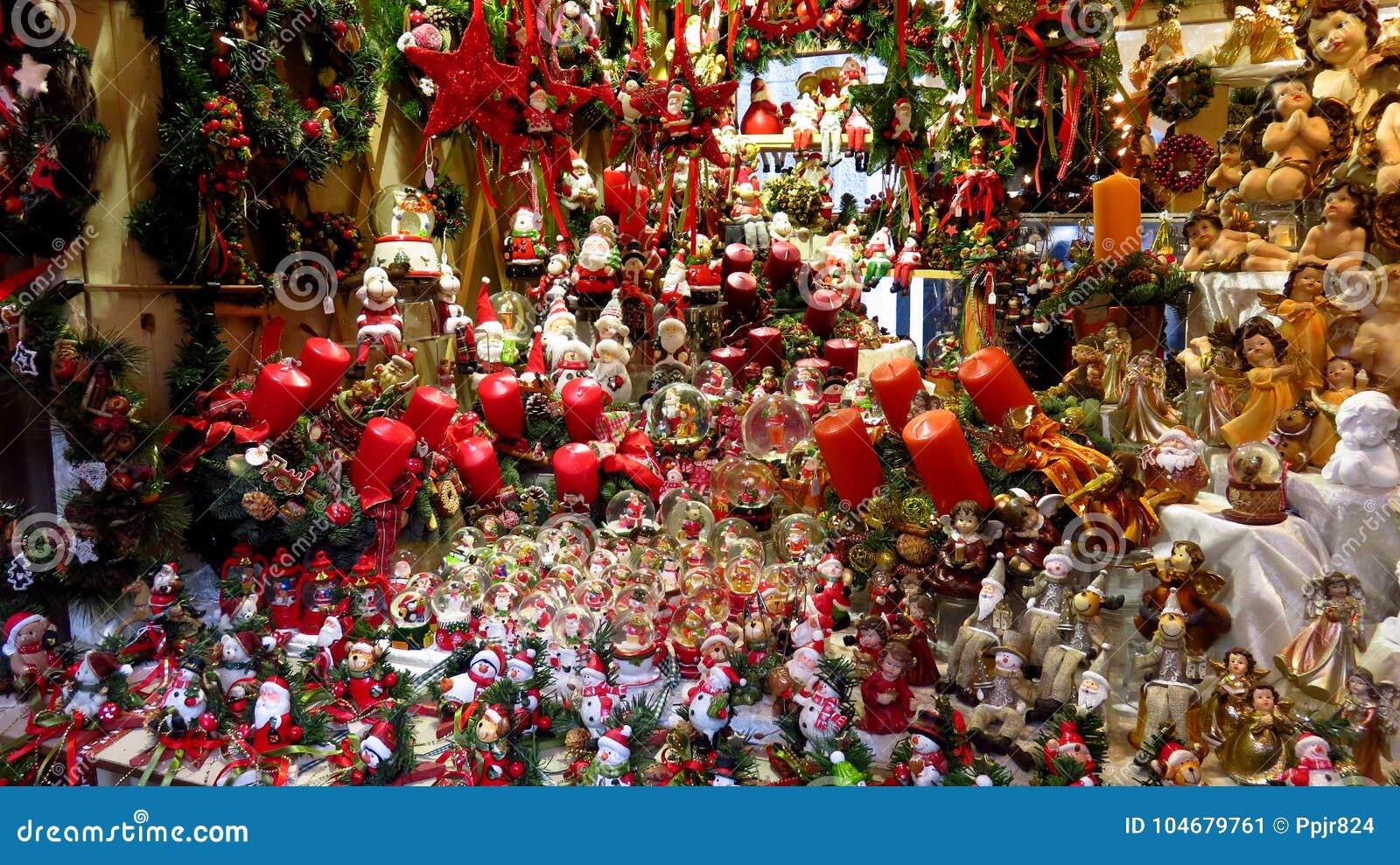 Grande collection de décorations de Noël