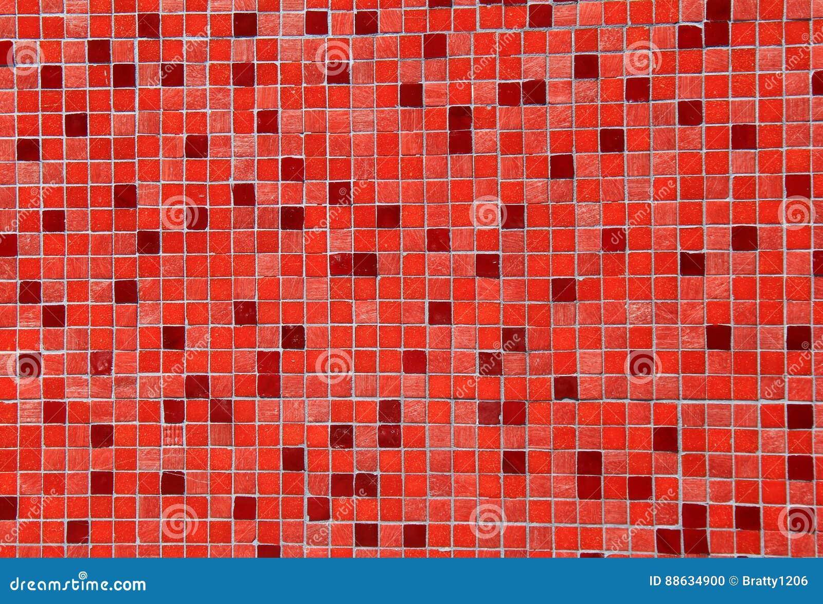 Grande fondo delle piastrelle di ceramica rosse e rosa variopinte