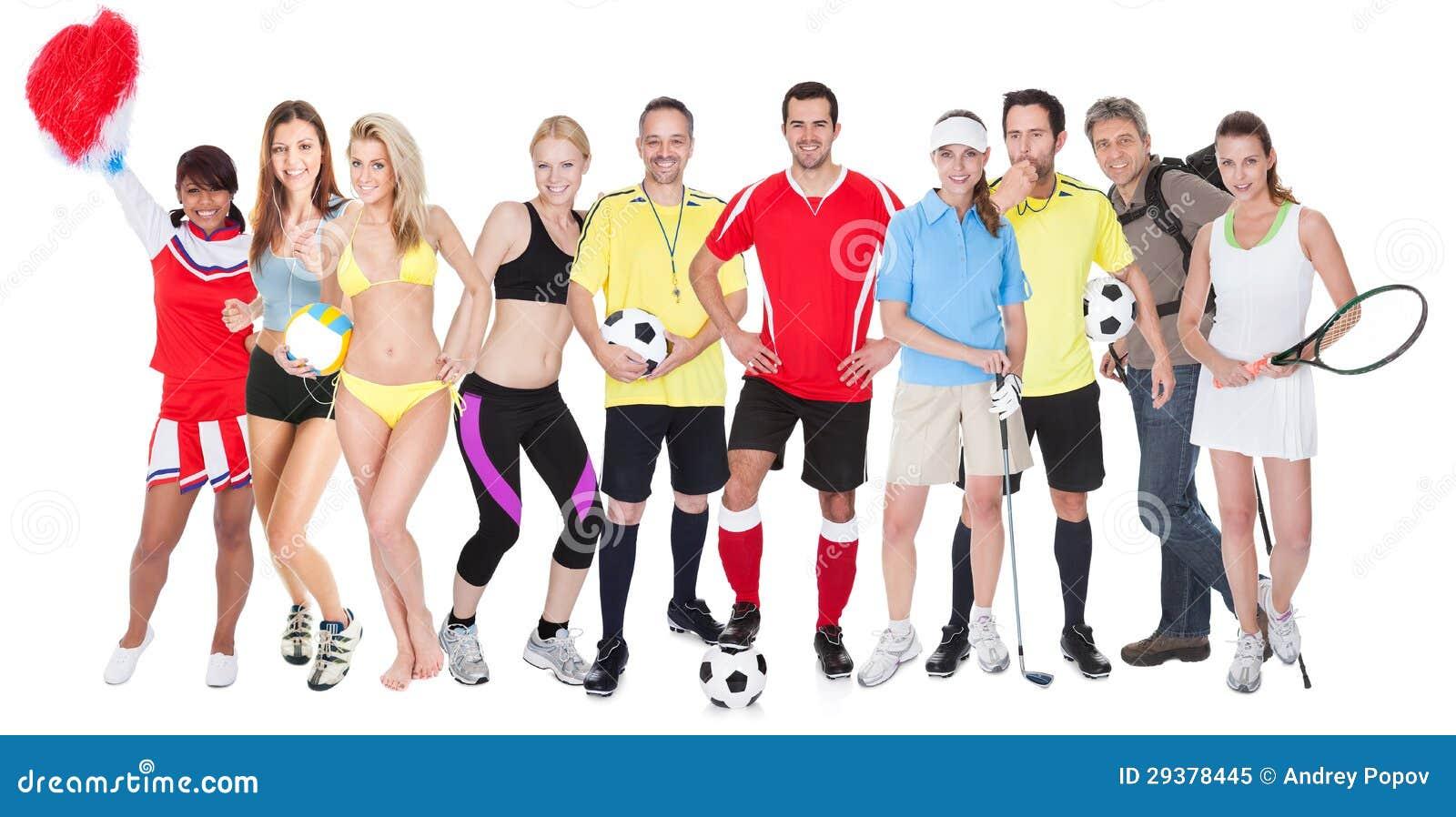 Grande gruppo di gente di sport