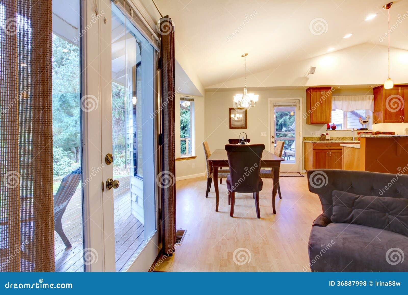 Download Grande Soluzione Per Progettazione Domestica Della Sala Da Pranzo Fotografia Stock - Immagine di immagine, zona: 36887998