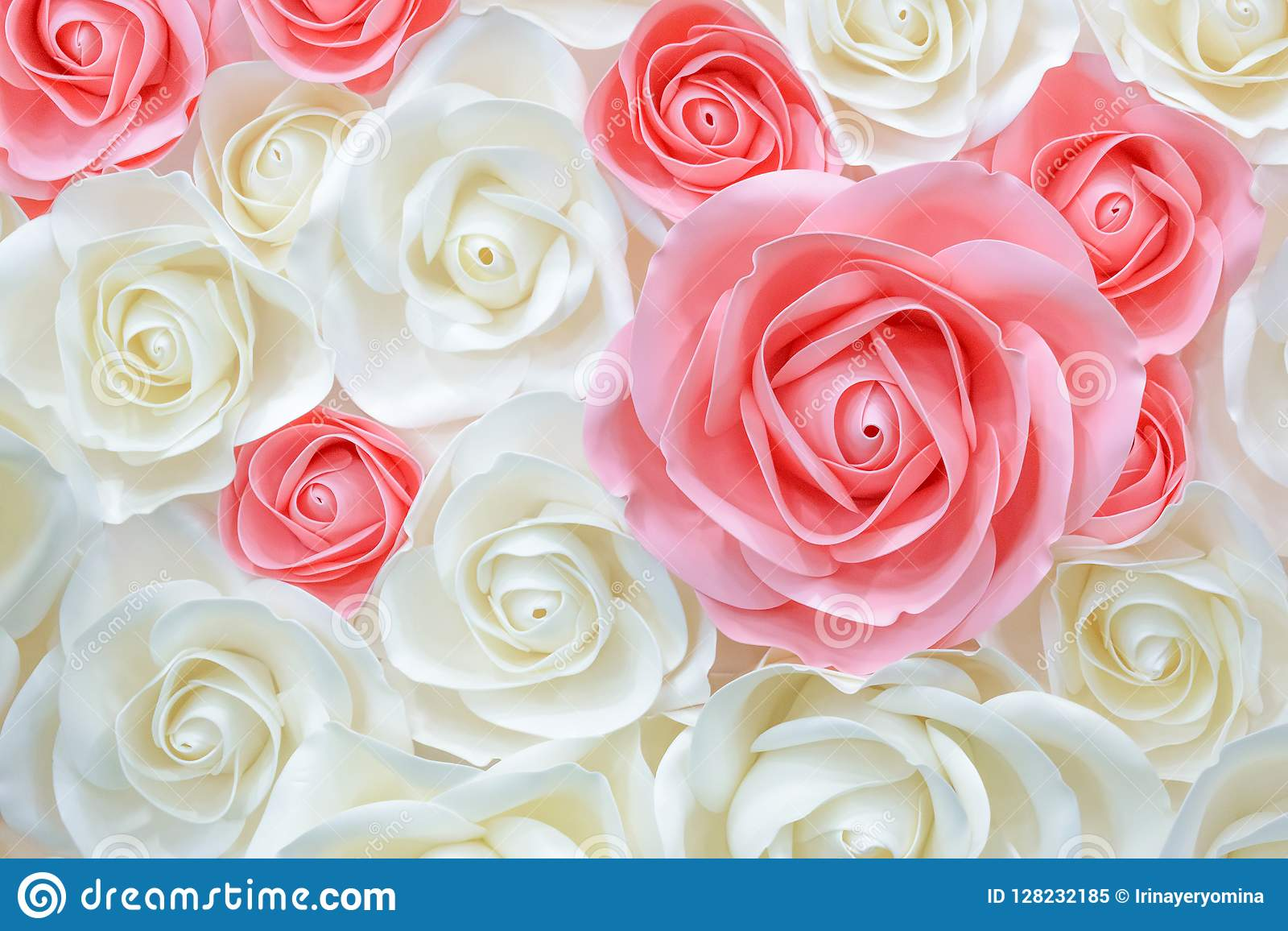 Grandes flores de papel gigantes Rosa cor-de-rosa, branca, bege grande, peônia feita do papel Estilo bonito do teste padrão de pa