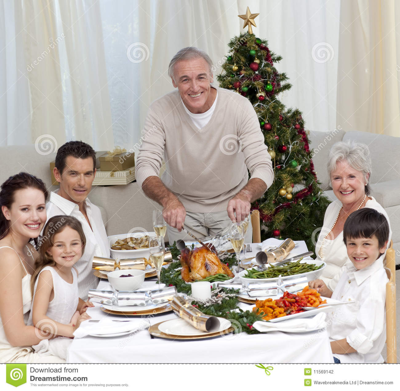 Christmas family dinner witha a twist 7
