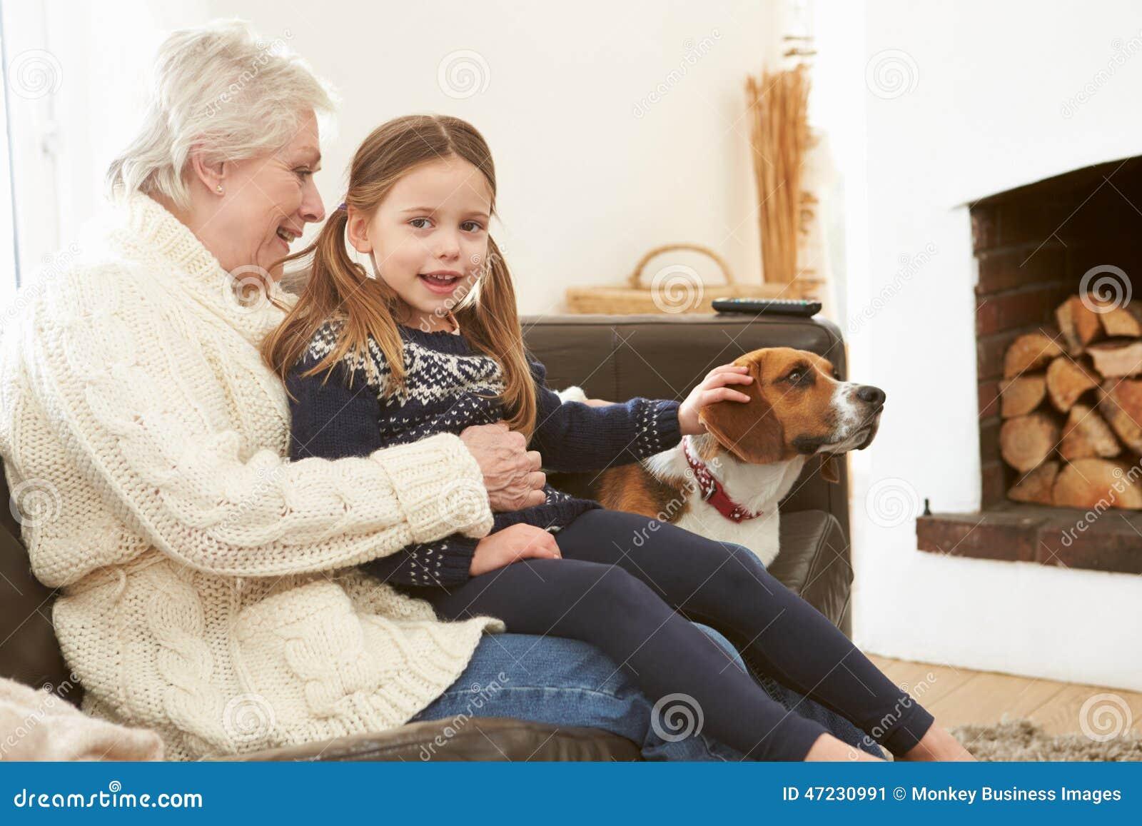 Старуха и внук онлайн 8 фотография