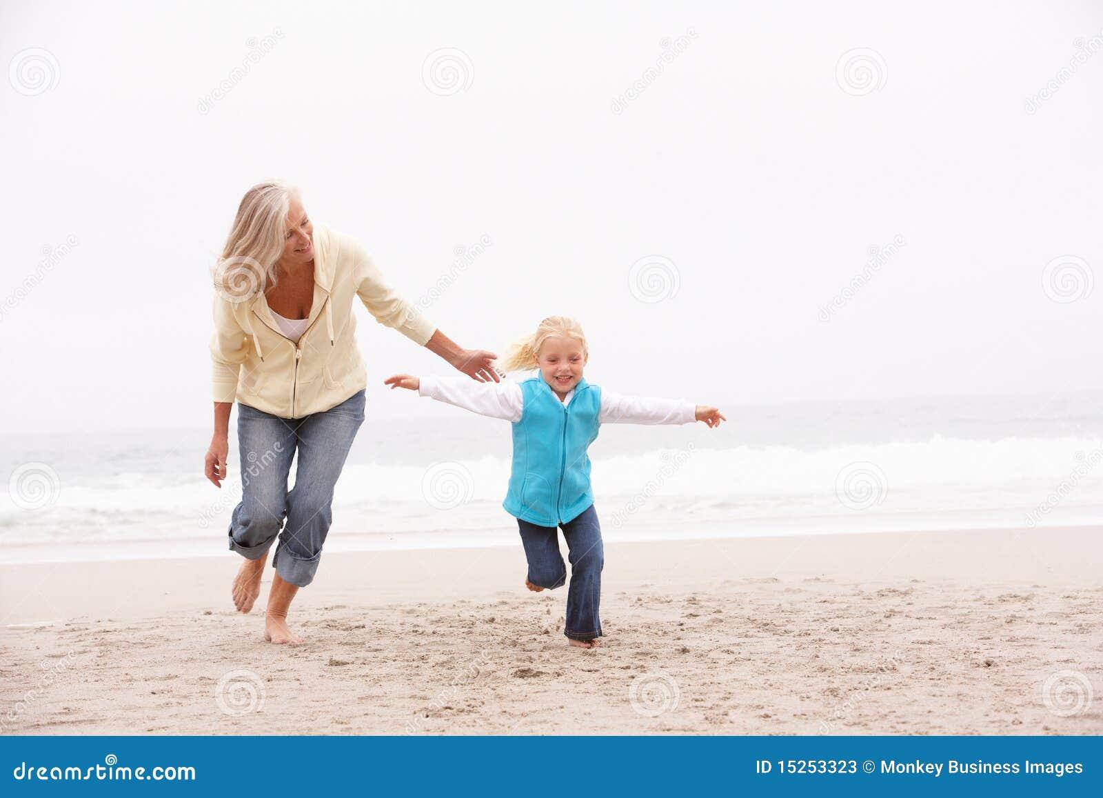 Як внук трахає бабушку 1 фотография