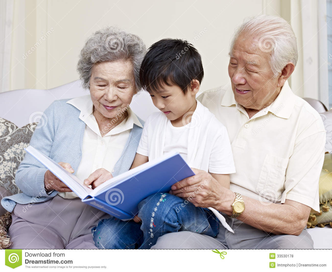 Grandparents And Grandson Royalty Free Stock Photos
