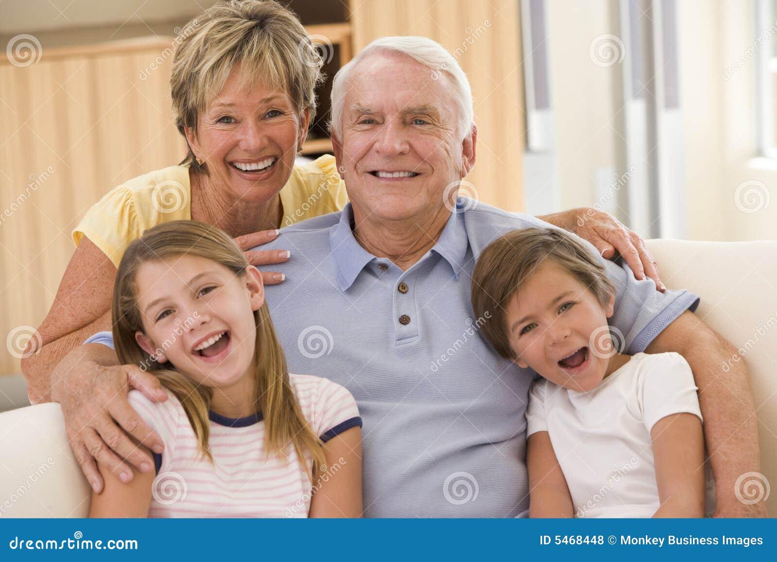 Русская старушка и внук 7 фотография