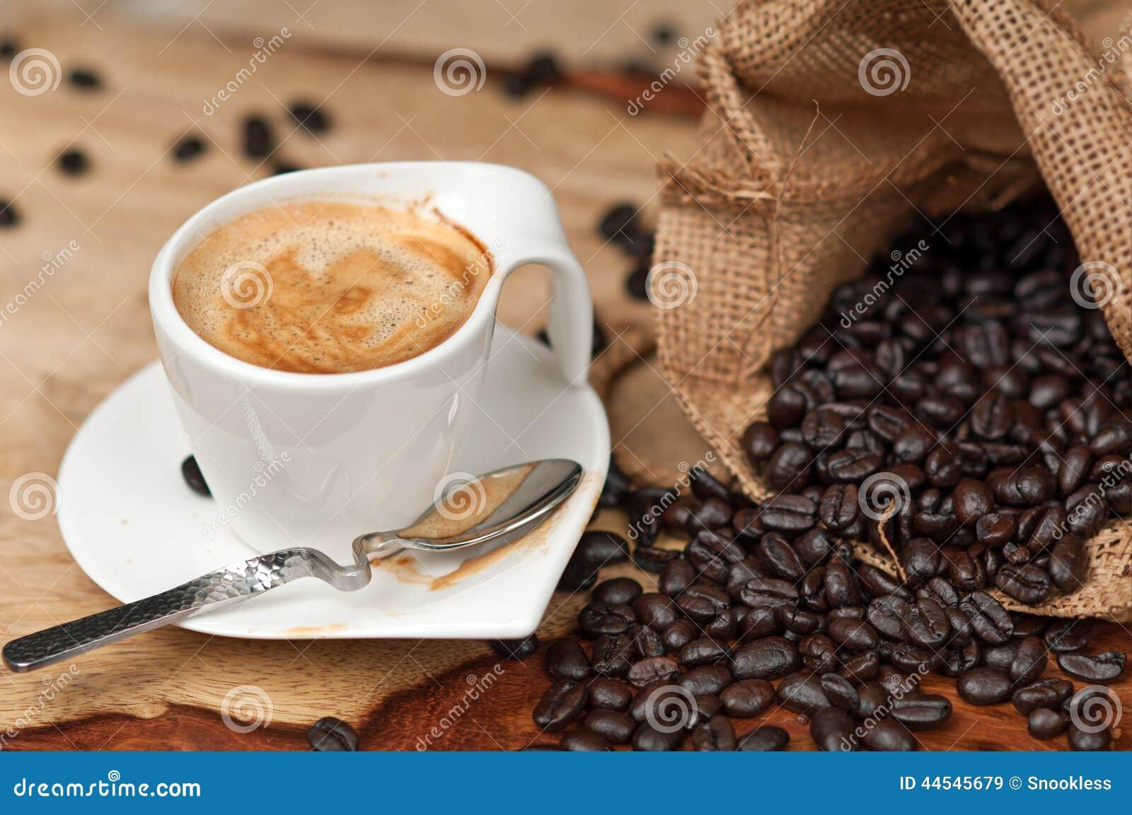 Granos del café express y de café