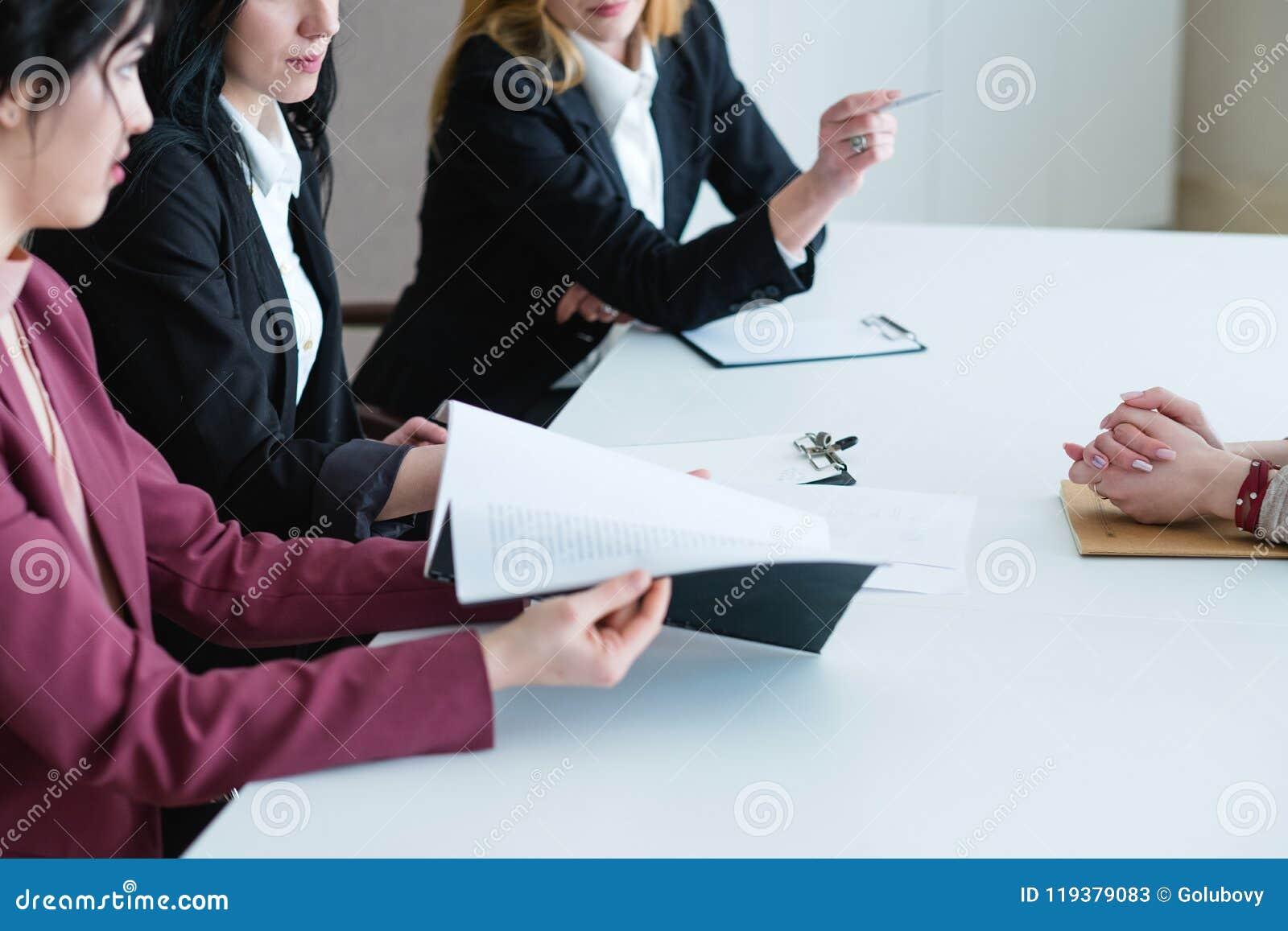 Granskning för kapacitet för utvärdering för arbete för affärskvinnor