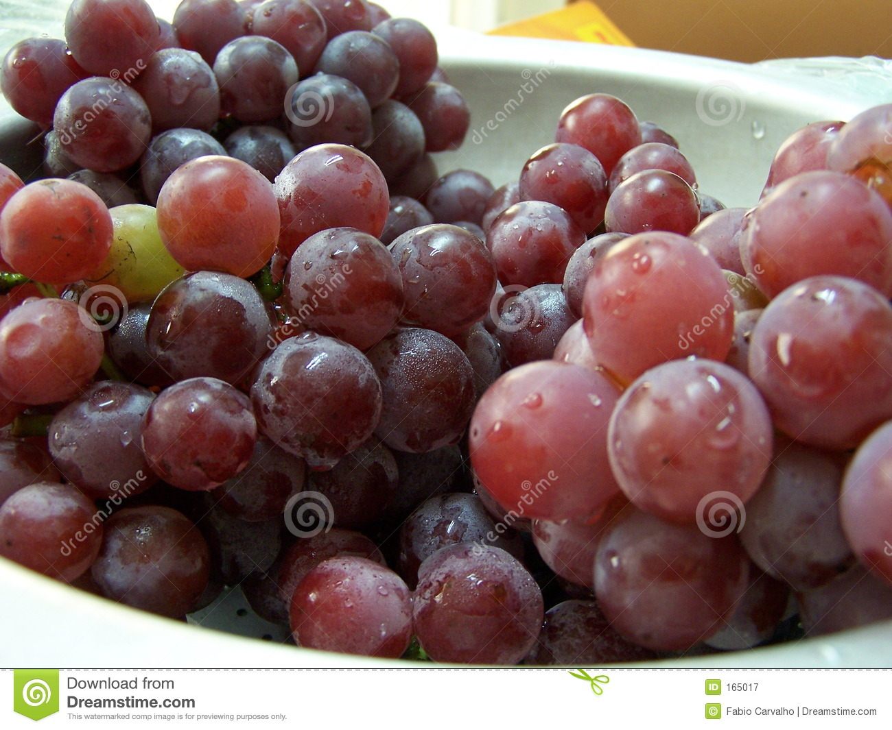 Grapes in a bowl