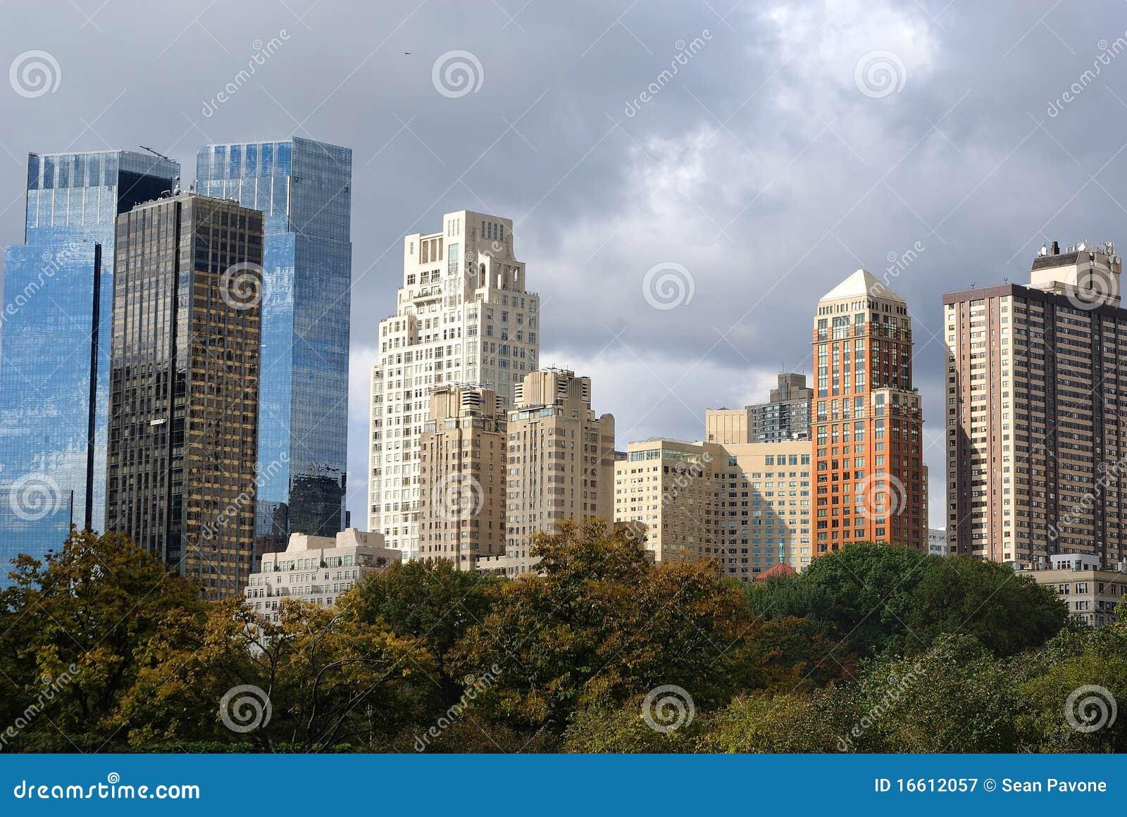 Grattacieli a new york city immagine stock immagine di for New york architettura contemporanea