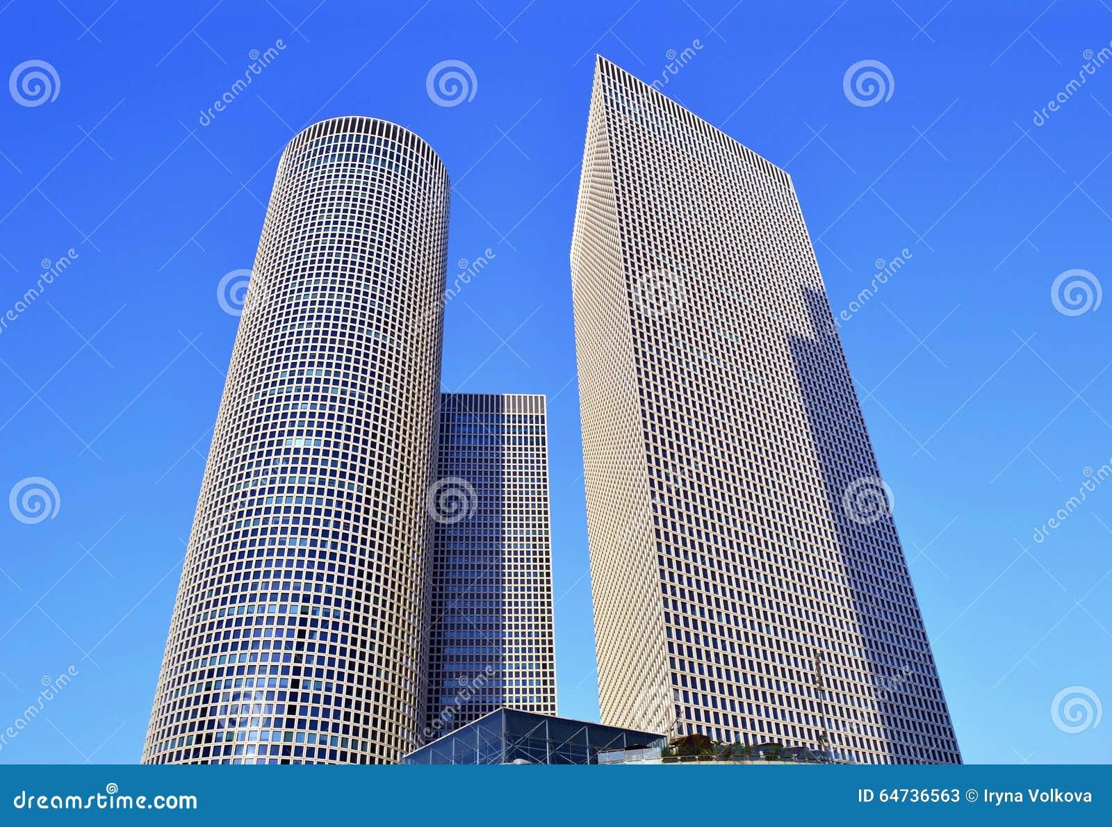 Gratte-ciel ayant beaucoup d étages de centre d Azrieli