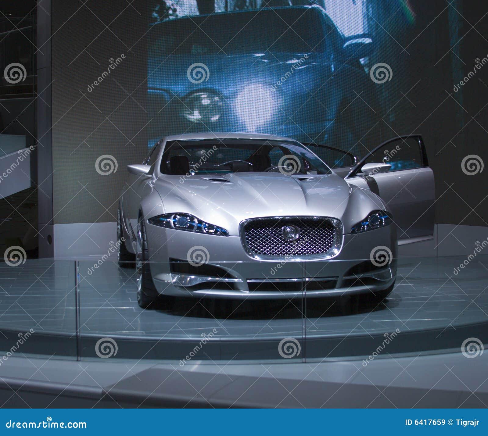 grauer jaguar c-xf redaktionelles stockbild. bild von kostspielig