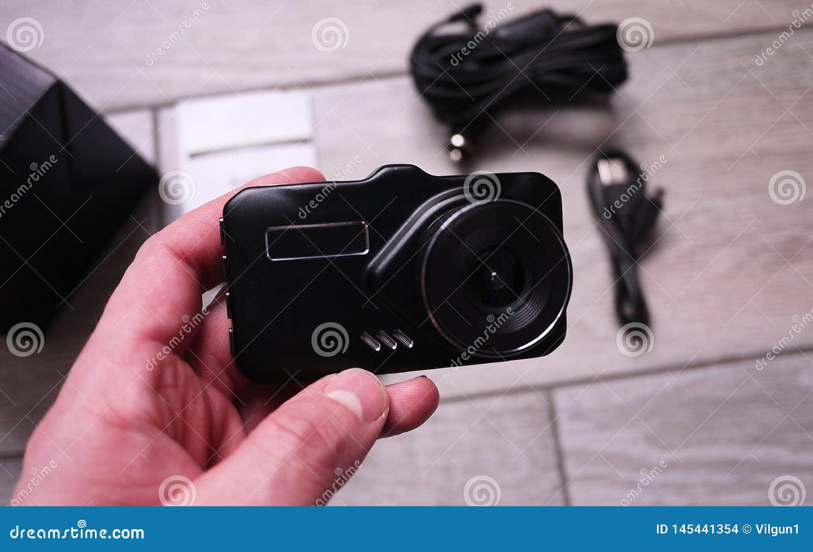 Gravador de v?deo para gravar a situa??o do tr?fego ao conduzir seu carro Pode ser usado nos carros e nos caminh?es