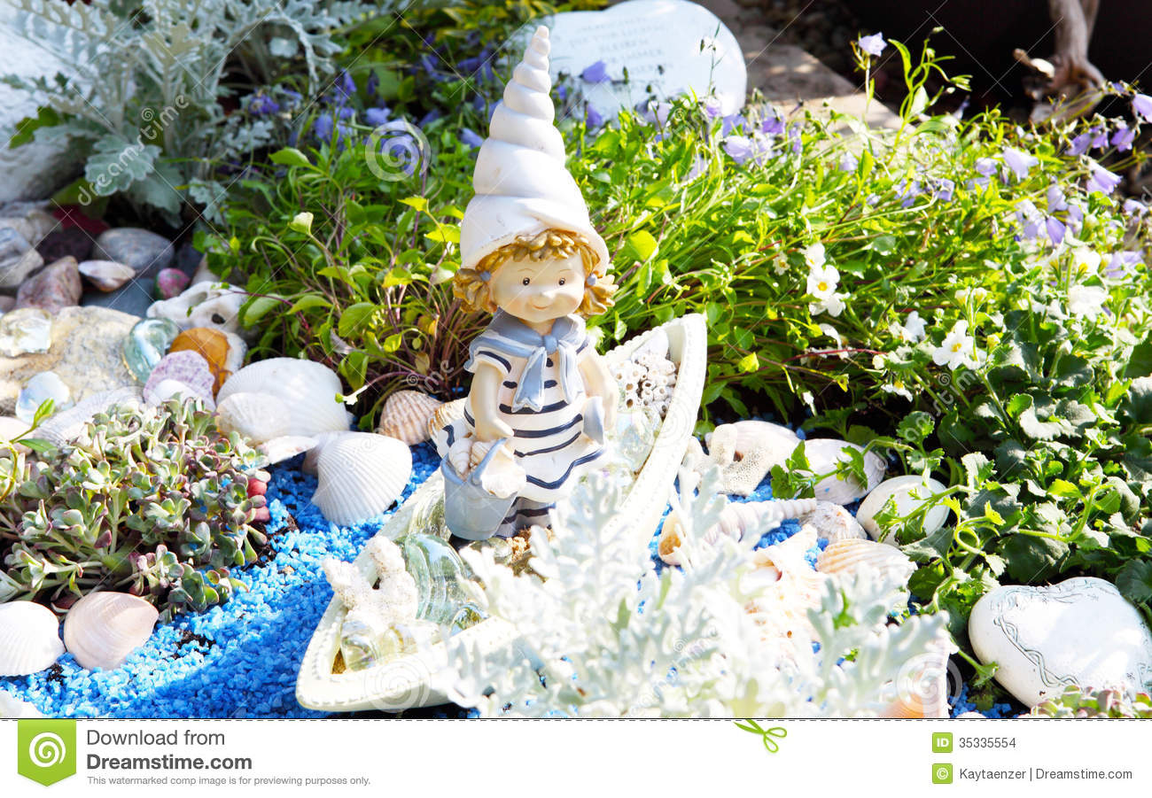 Grave Decoration Grave Decoration In Summer Stock Images Image 35335554