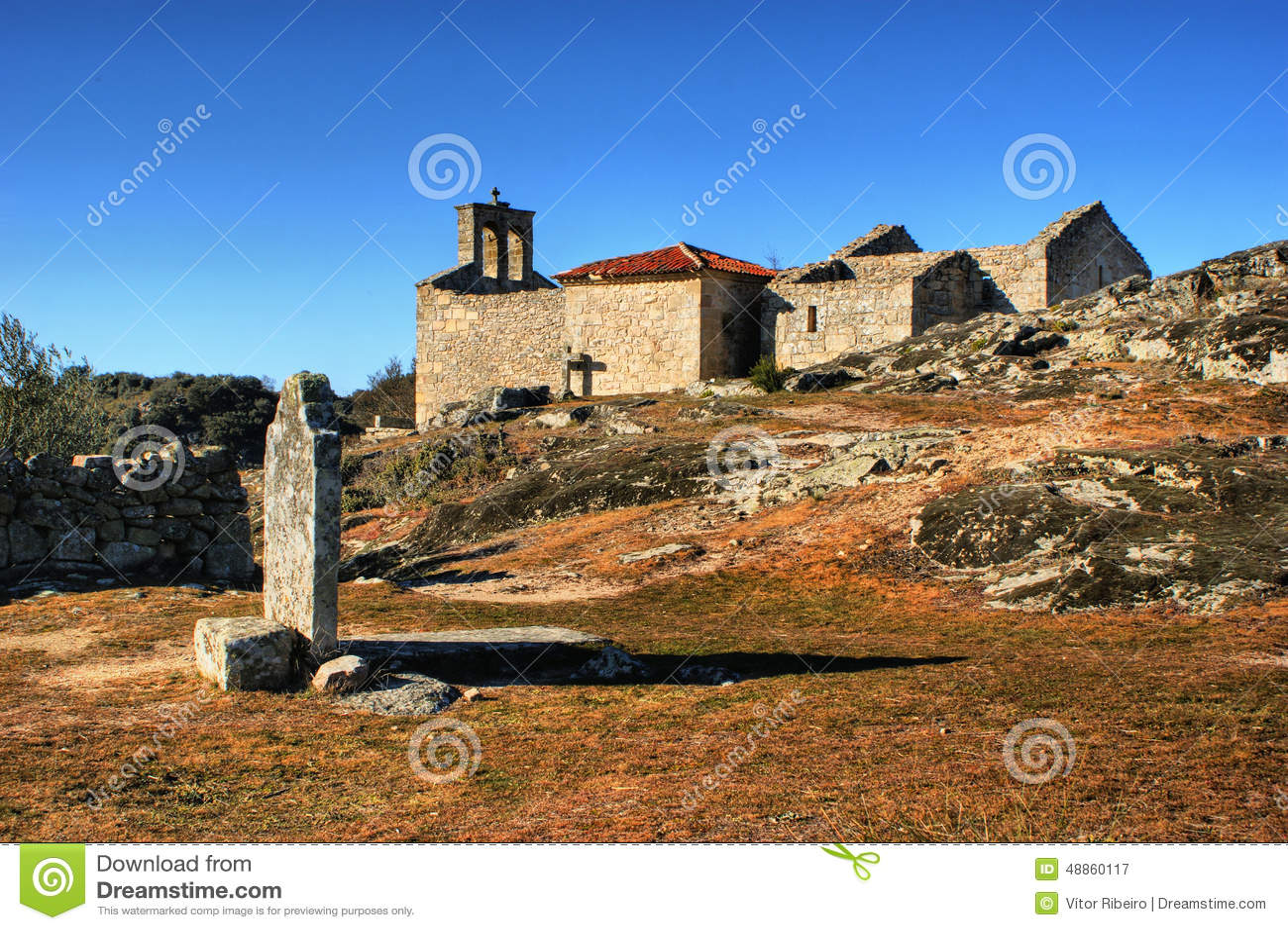Grave in historical village of Castelo Mendo