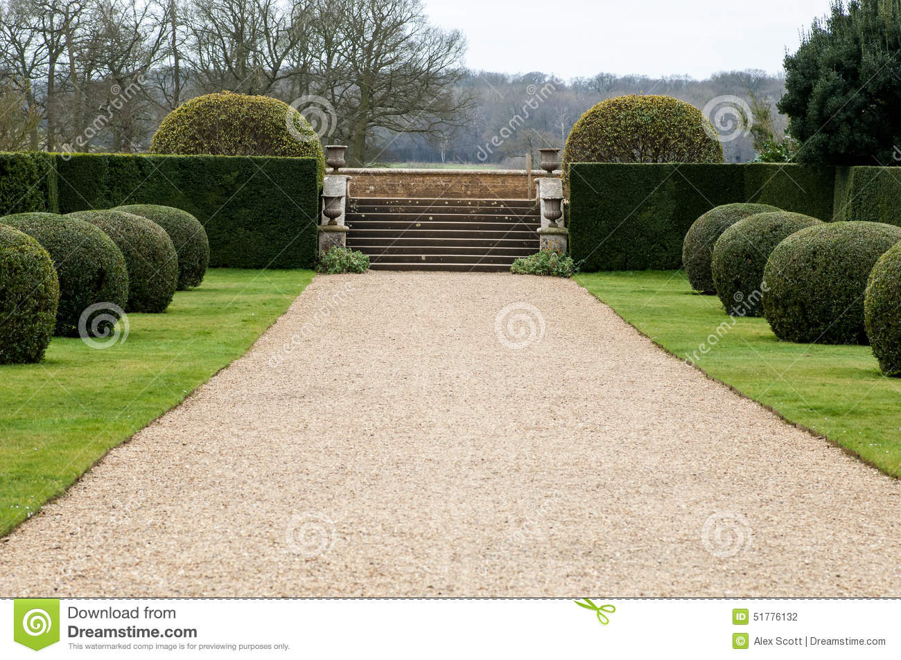 Gravel path in garden stock photo image of buxus garden for Gravier de decoration jardin