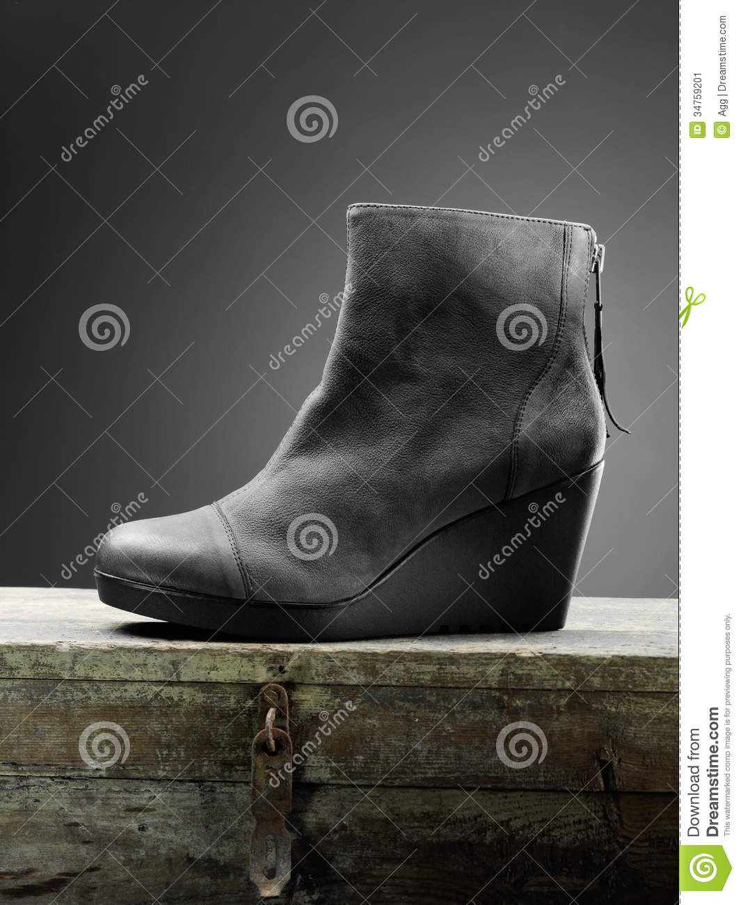Gray woman boots