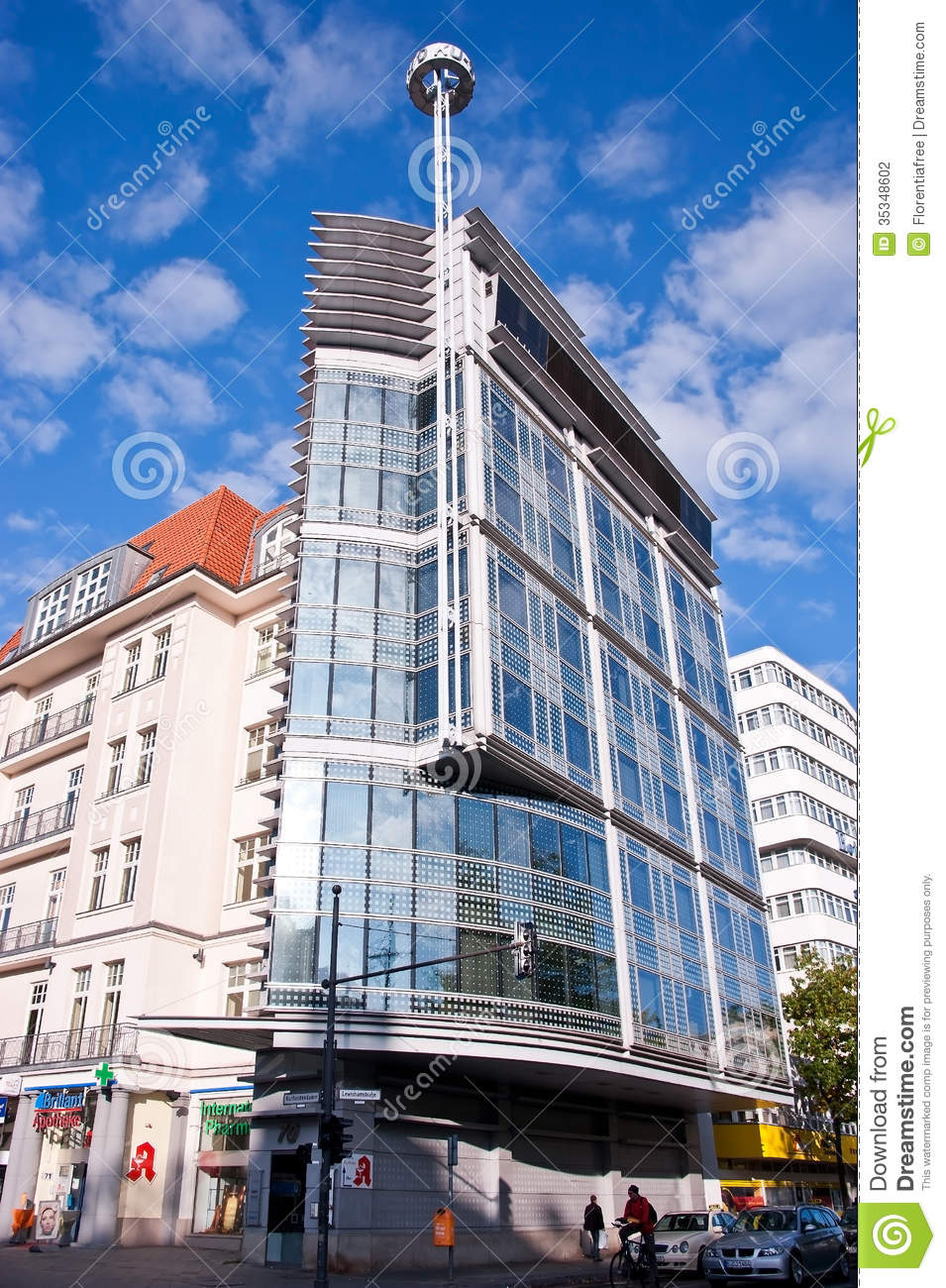 this building erected by great world famous german american architect