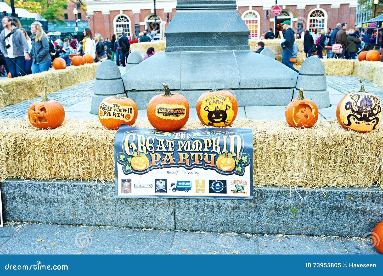 BOSTON, USA , OCTOBER 26 Great Pumpkin Party, halloween festival of  creative pumpkins at street, October 26 2014 in Boston, USA