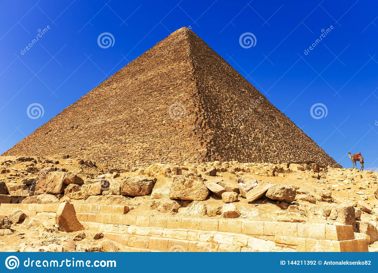 The Great Pyramid Of Cheops In Giza, Egypt Stock Photo