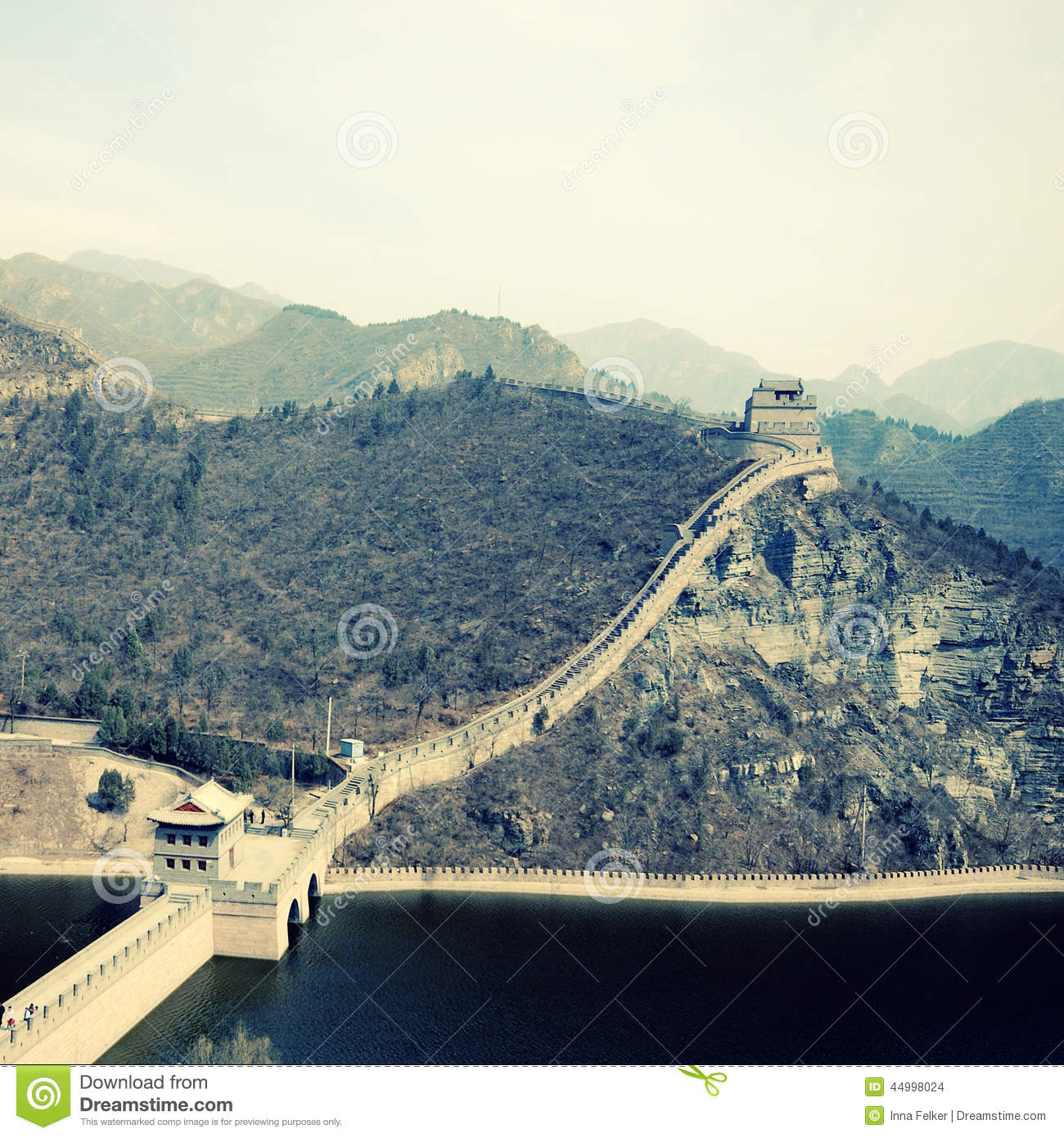 the great wall of china cause and effect The great wall of china who built it why was it built how did it affect the chinese.