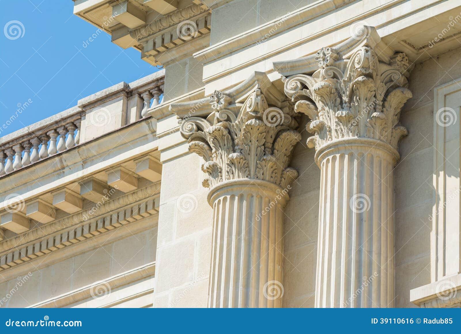 corinthean columns