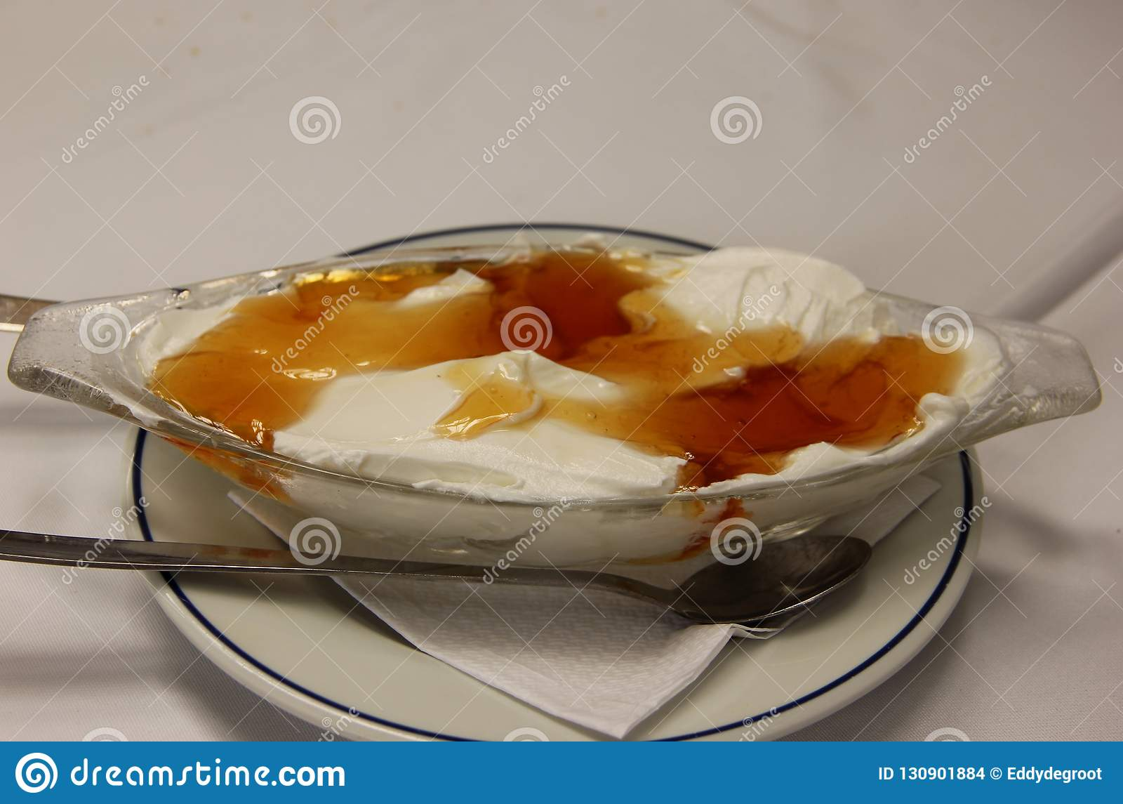 Fresh Greek Yogurt with Honey