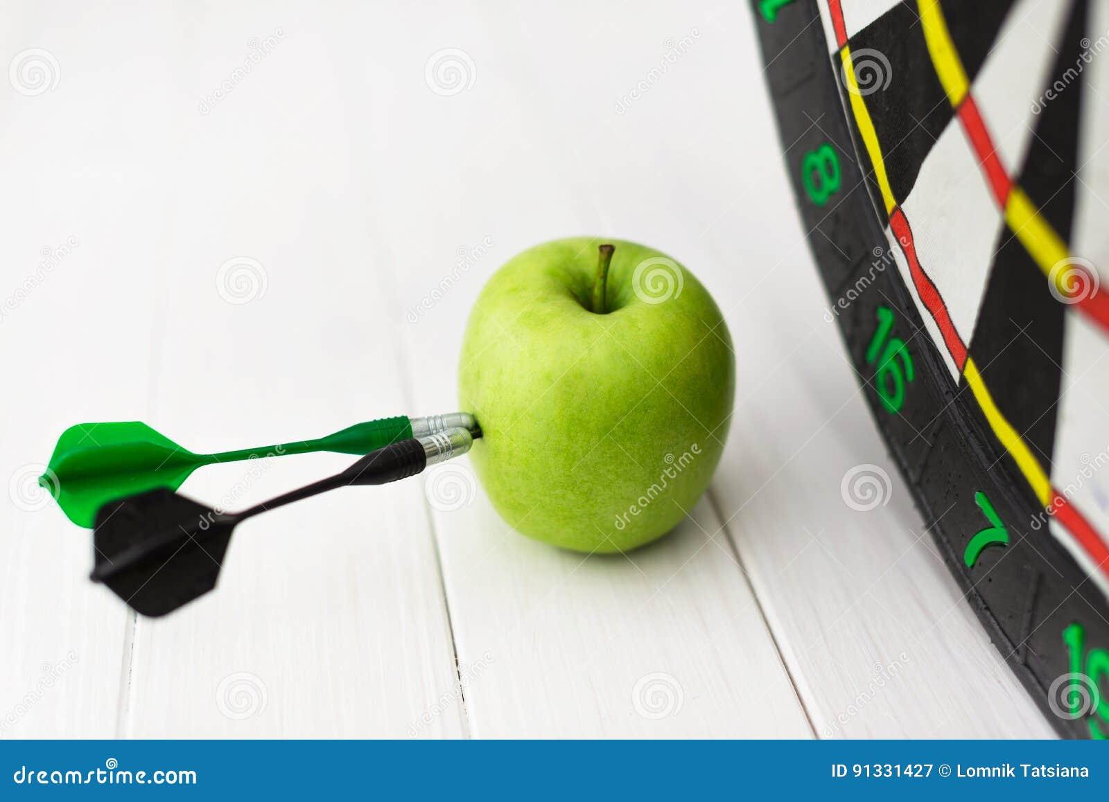 Green Apple Dart Stock Image Image Of Target Success 91331427