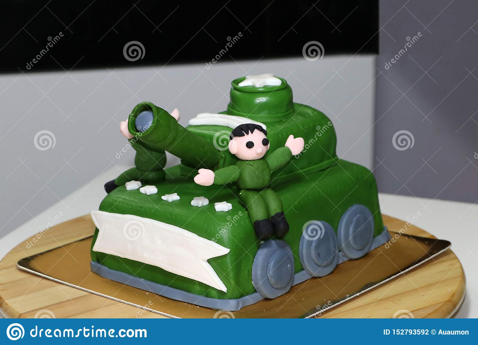 Admirable Green Army Tank Cake With Edible Soldier Doll Stock Photo Image Funny Birthday Cards Online Aeocydamsfinfo