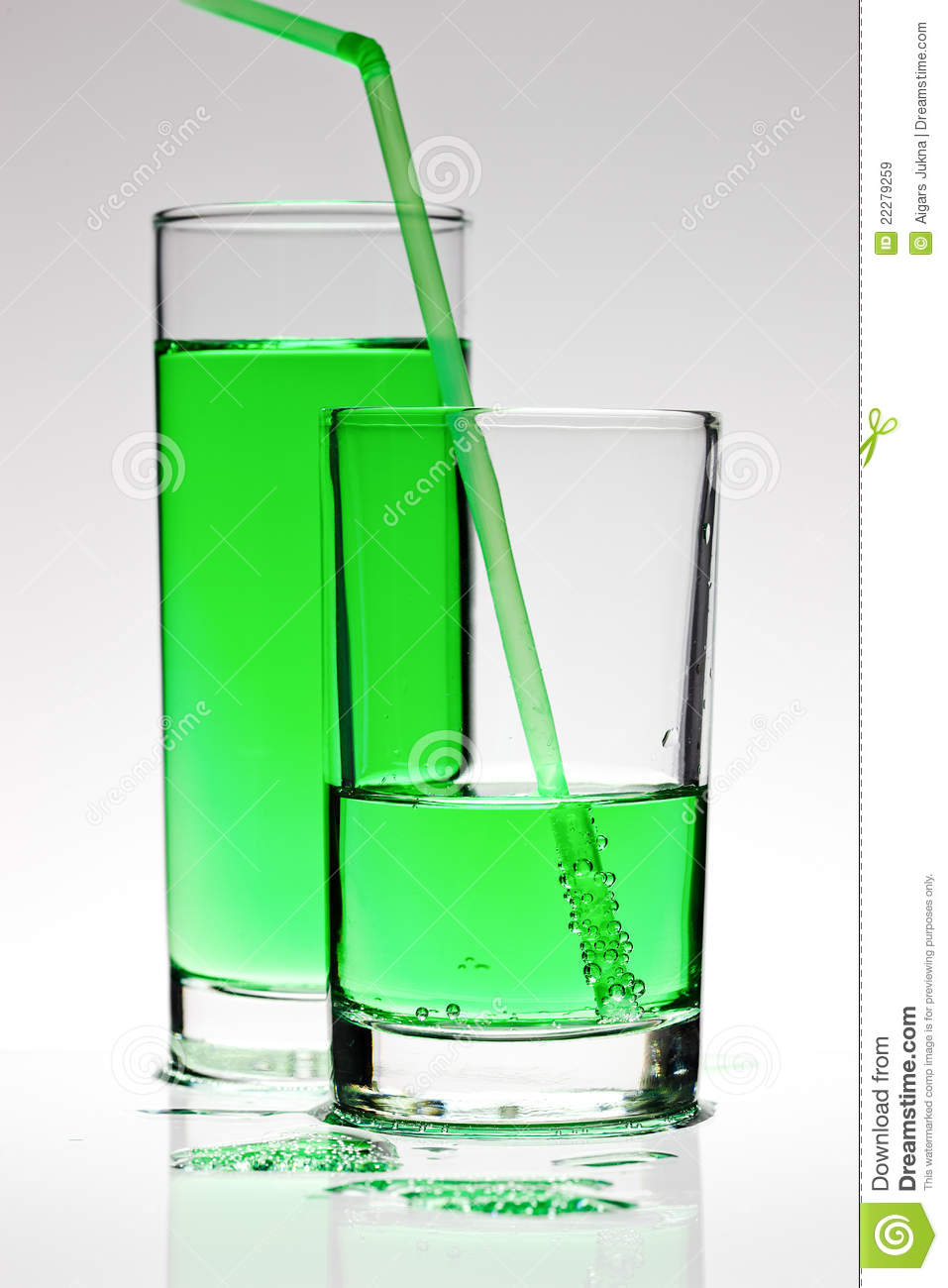Green cocktail royalty free stock images image 22279259 for Green cocktails with vodka