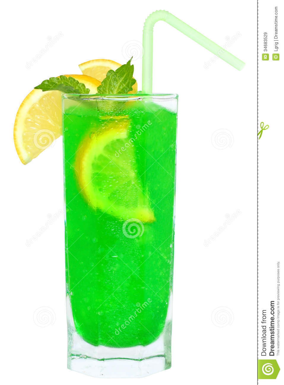Green cocktail with crushed ice royalty free stock images for Mixed drinks with green tea