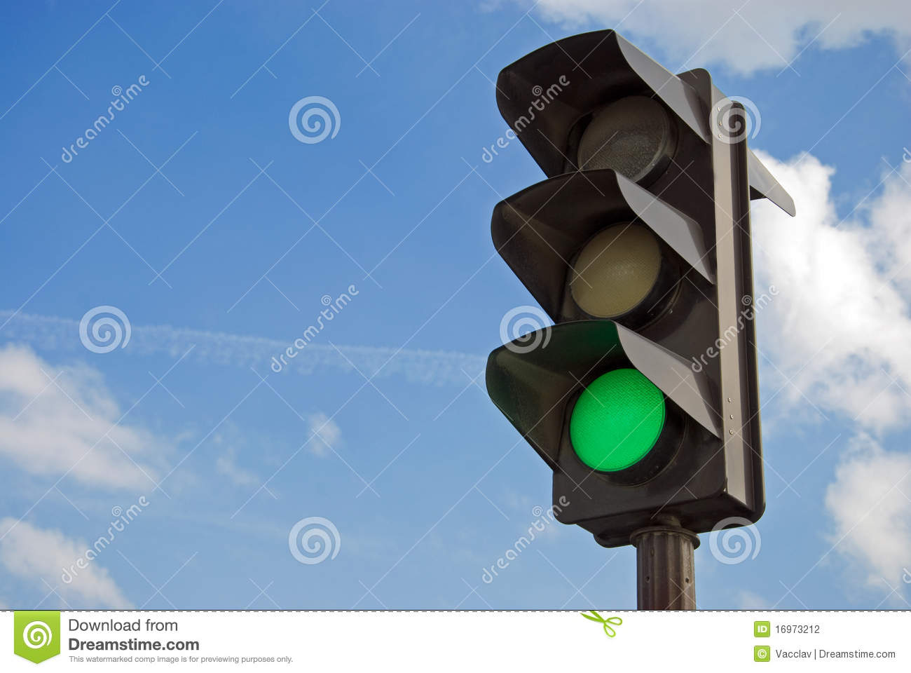 Green color on the traffic light