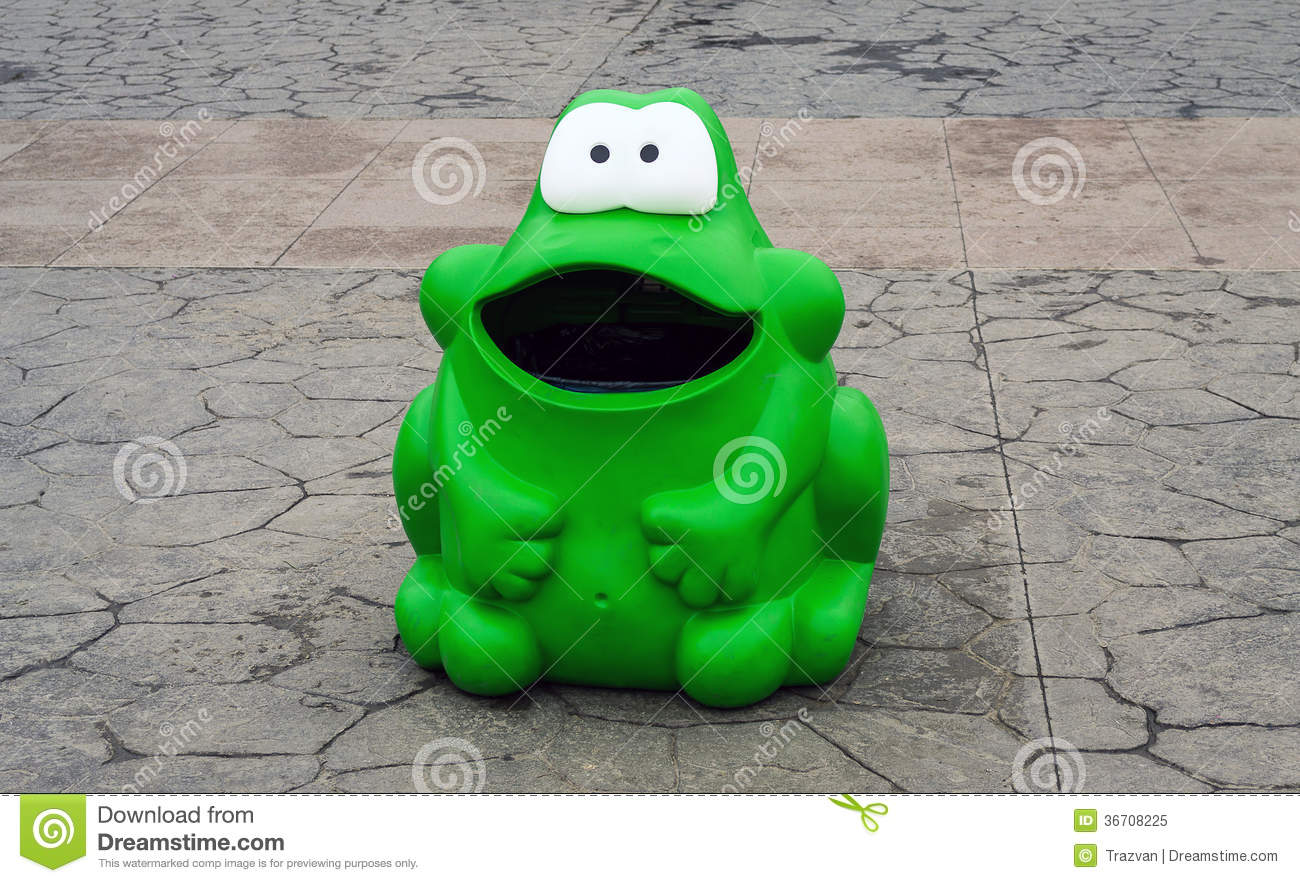 Green frog trash can