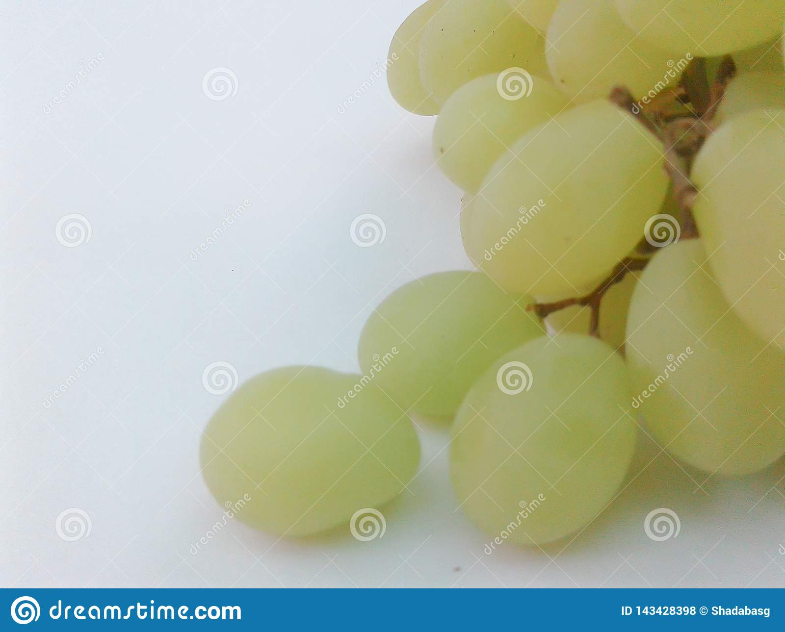 Grapes green closeup
