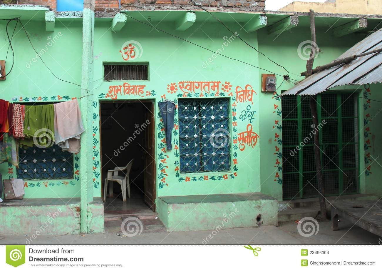 Chitrakoot cloths concrete drying green hanging house india small