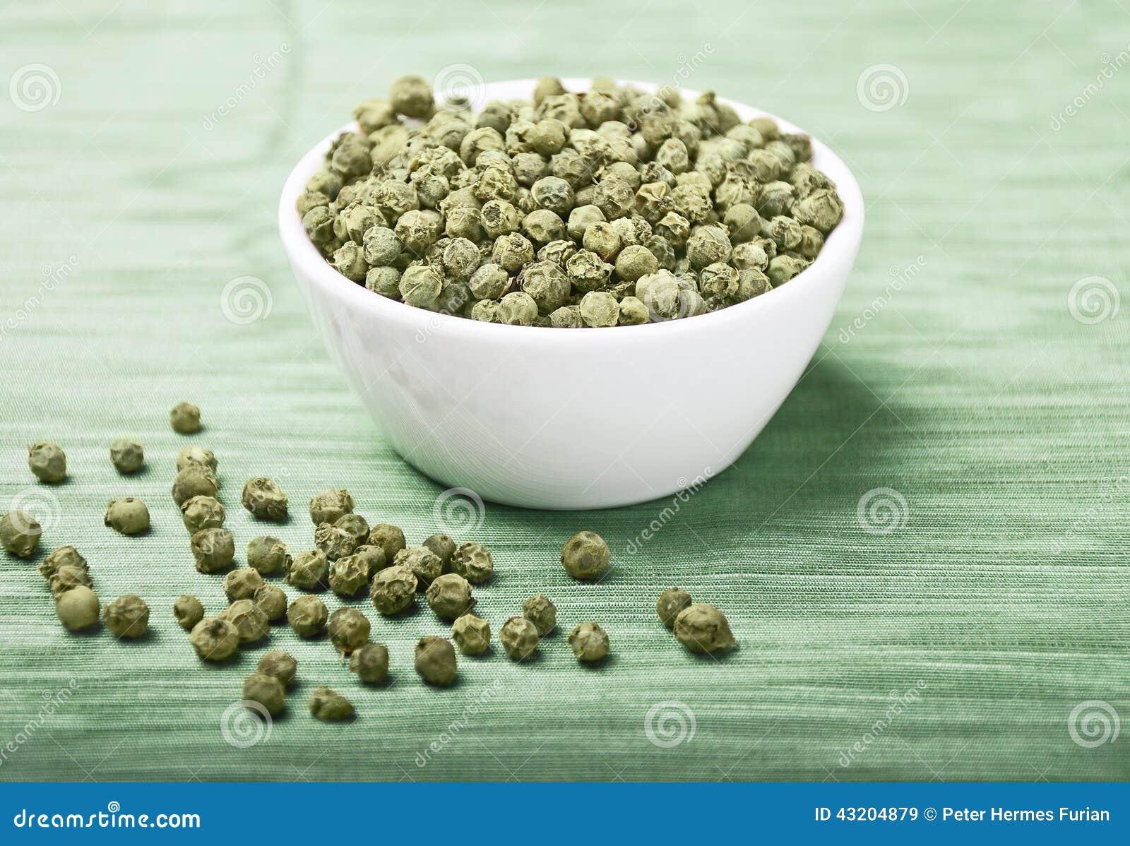 Download Green pepper fotografering för bildbyråer. Bild av organiskt - 43204879