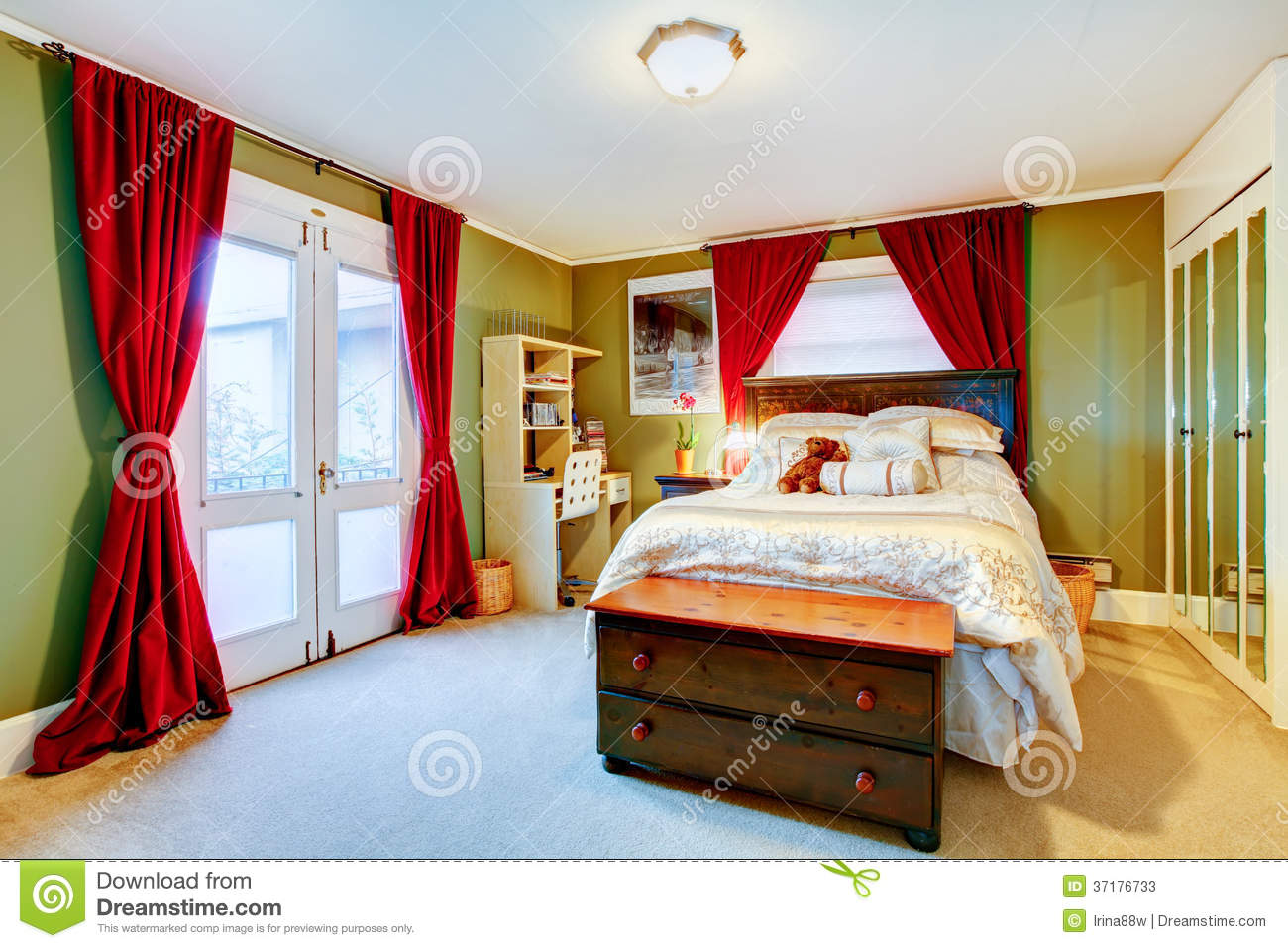 Green and red cozy young adult room stock image image for Cute adult bedrooms