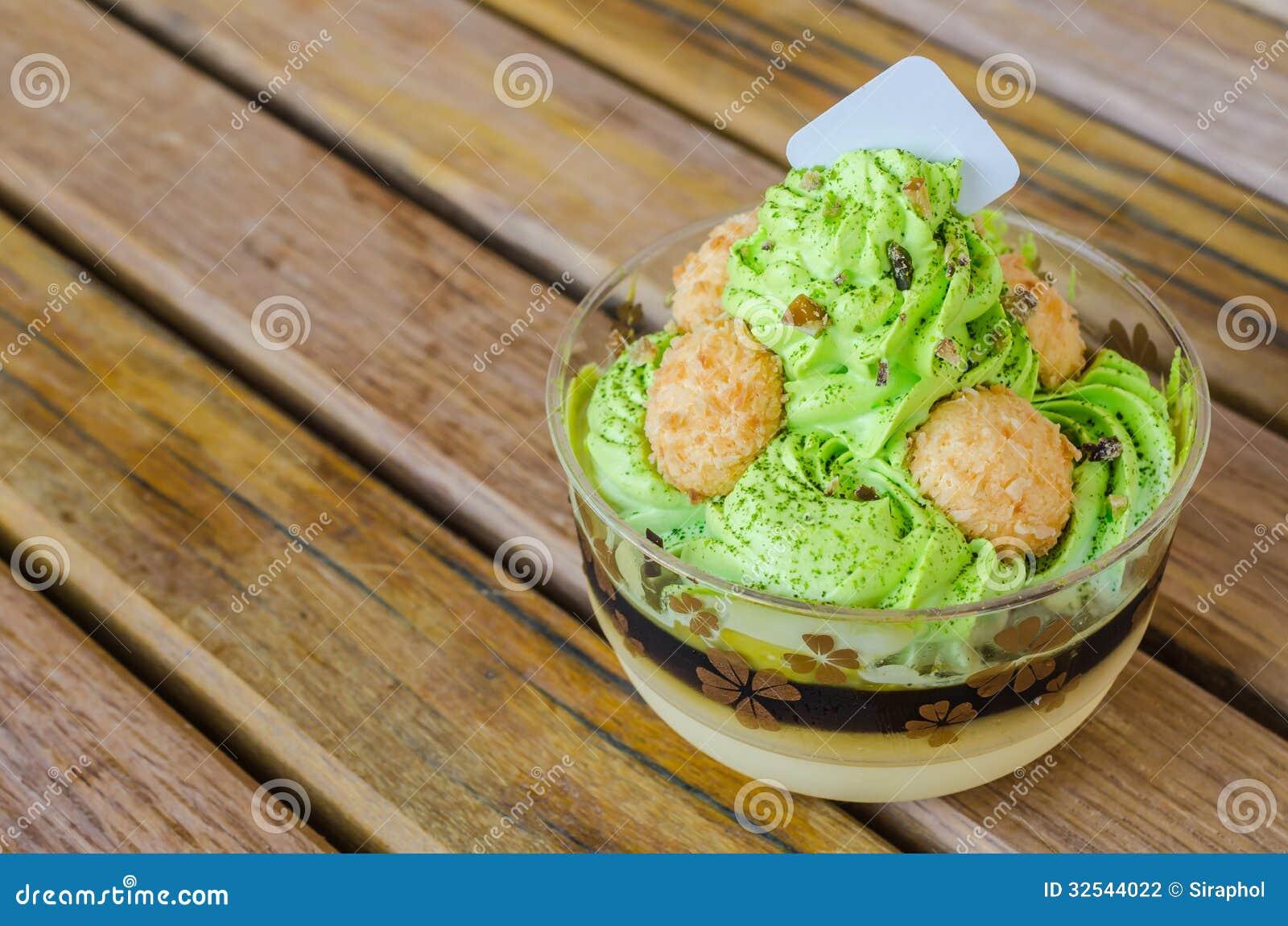 Green Tea Cake Stock Photography - Image: 32544022