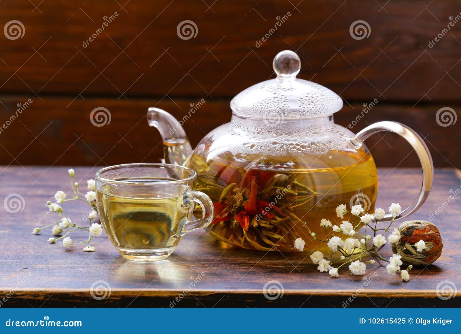 Green Tea Flower Celestial Lily Stock Image Image Of Glass White
